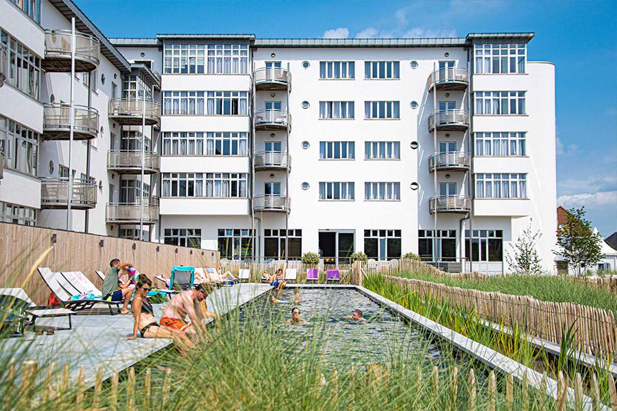 WestBay_zwembad